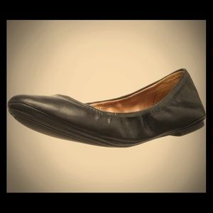 Black leather Lucky ballet flats